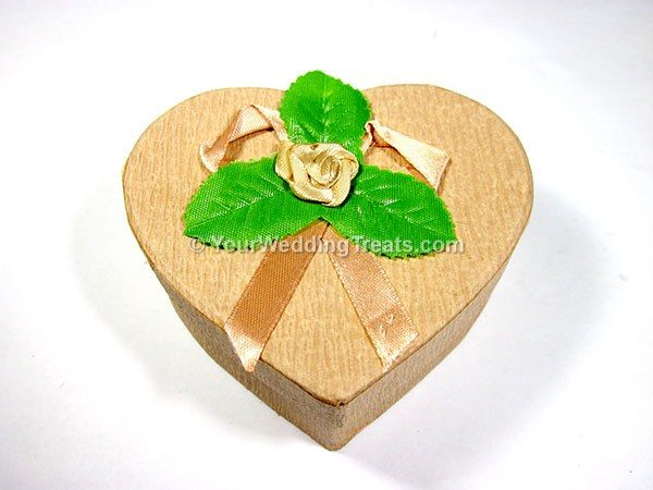heart shape cardboard container