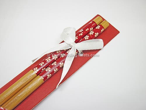 red color bamboo chopsticks